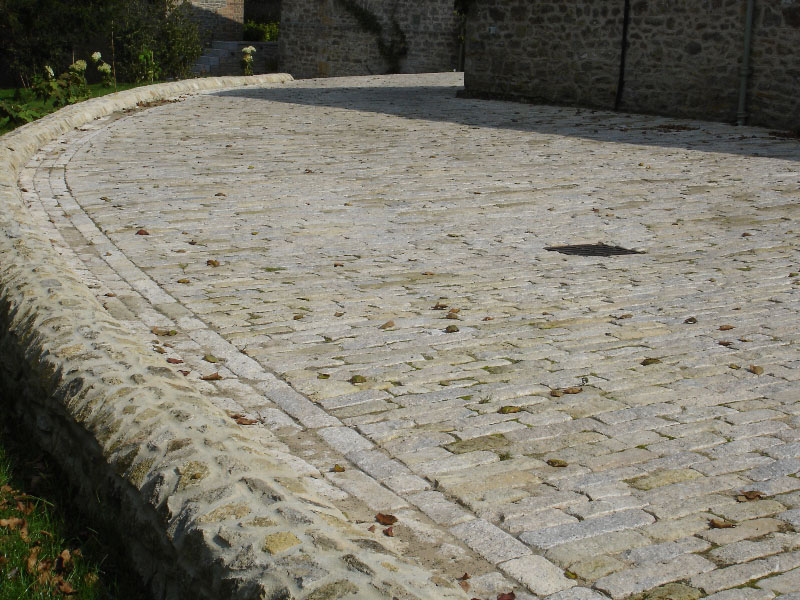 Paving using purbeck cobbles