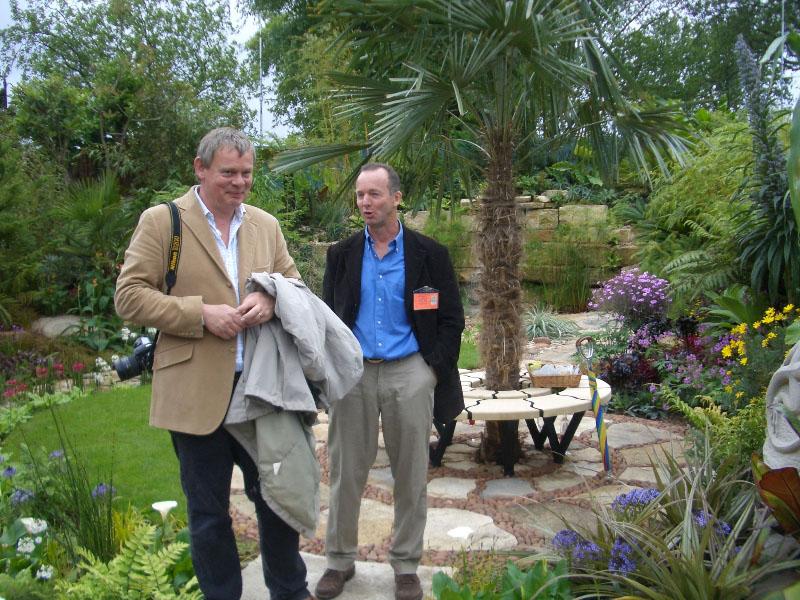 martin-clunes-opens-garden