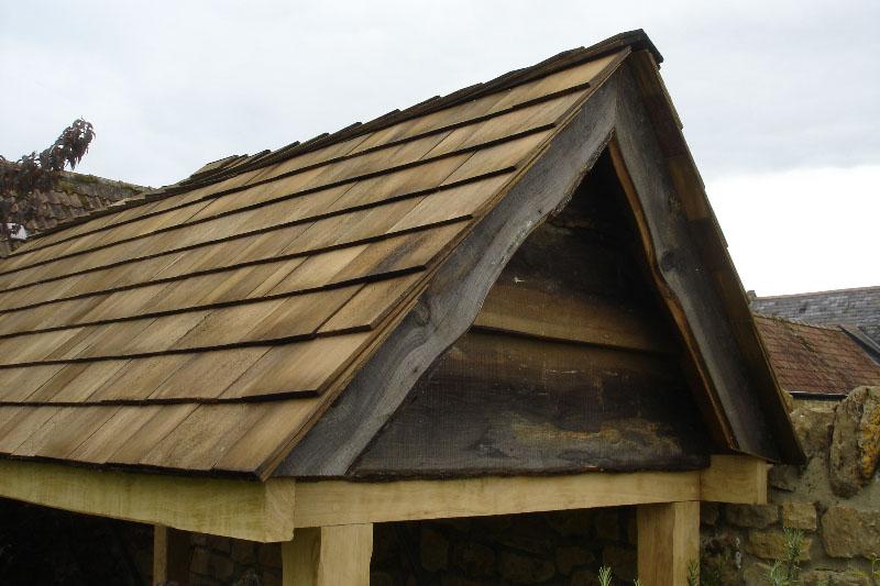 Oak swingseat detail